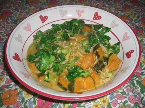 Thai Green Soya Bean Noodle Bowl