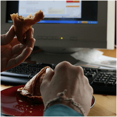 Desk-bound diners: do you eat lunch at your desk?