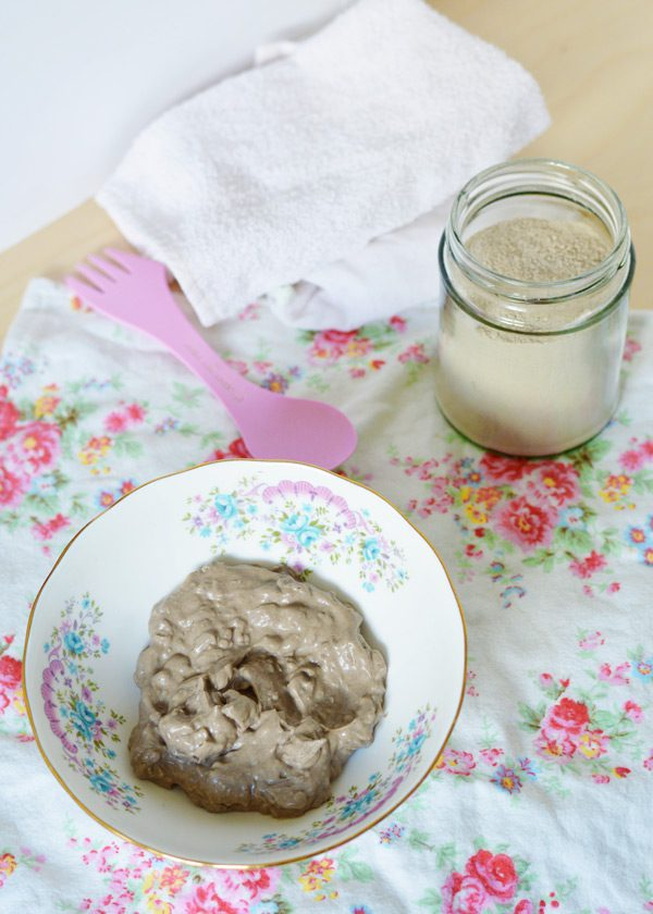 Bentonite clay mask 9