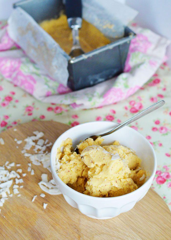 Coconut + nectarine ice cream 1