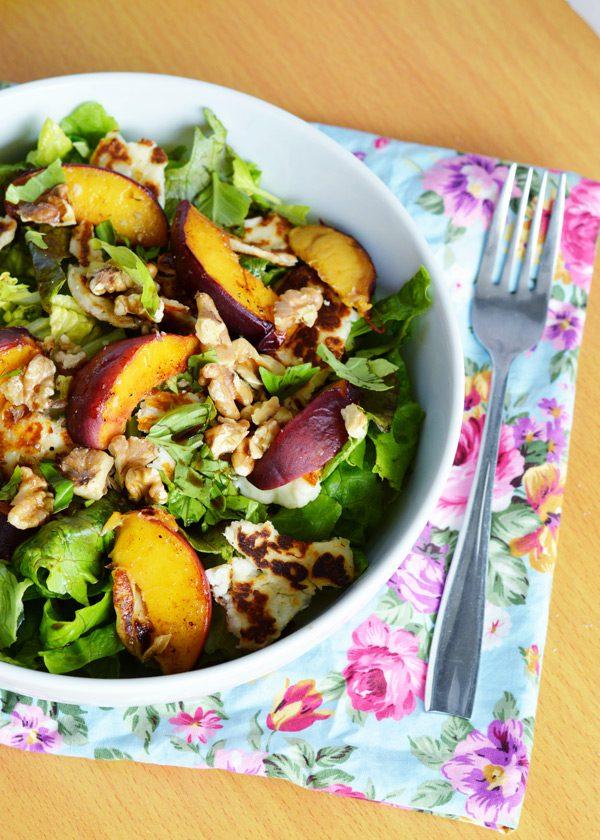Halloumi peach salad 13