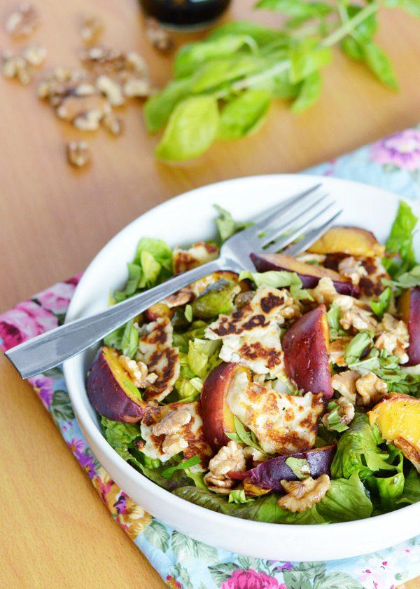 Halloumi peach salad 4