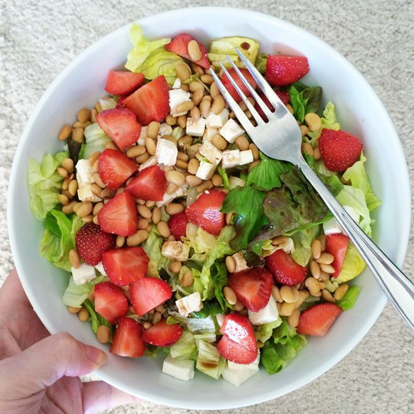 Strawberry feta soya bean salad