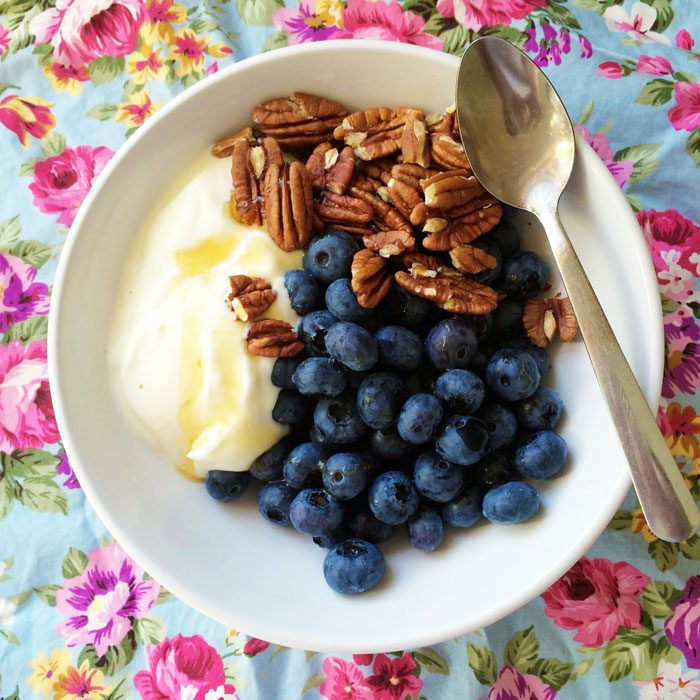 Blueberries pecans yoghurt