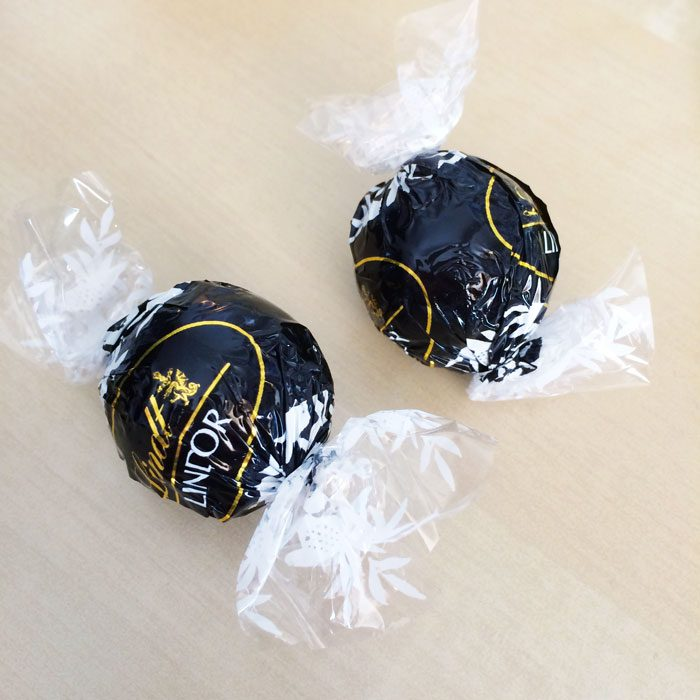 Dark chocolate lindor truffles