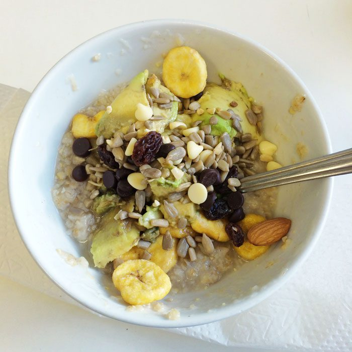 Porridge with toppings