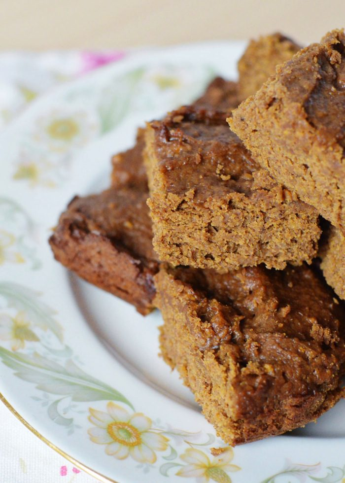 Grain free vegan paleo gingerbread 3