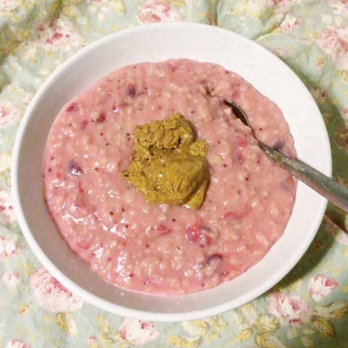 Cranberry sauce porridge