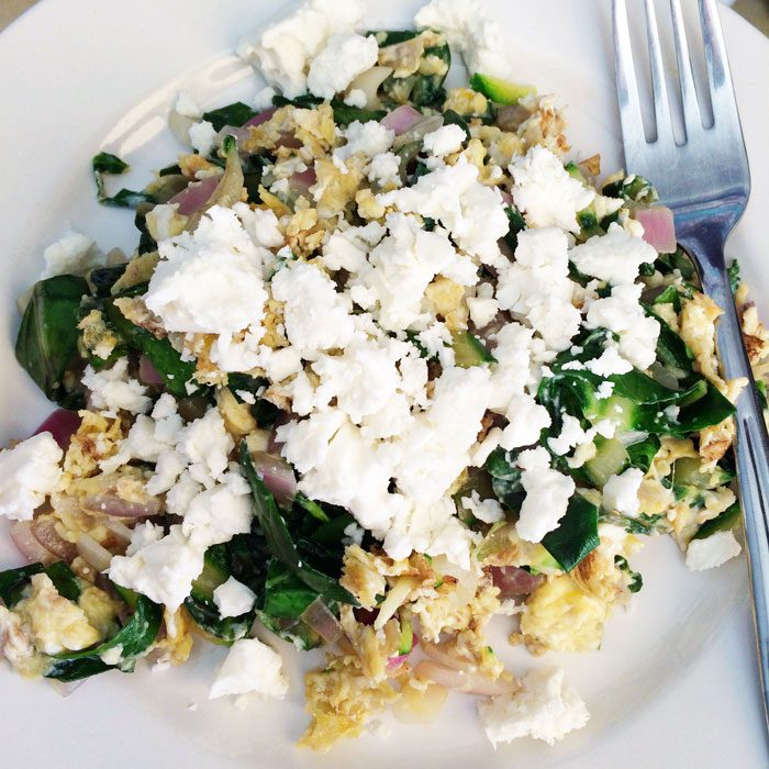 Veggie scramble with feta