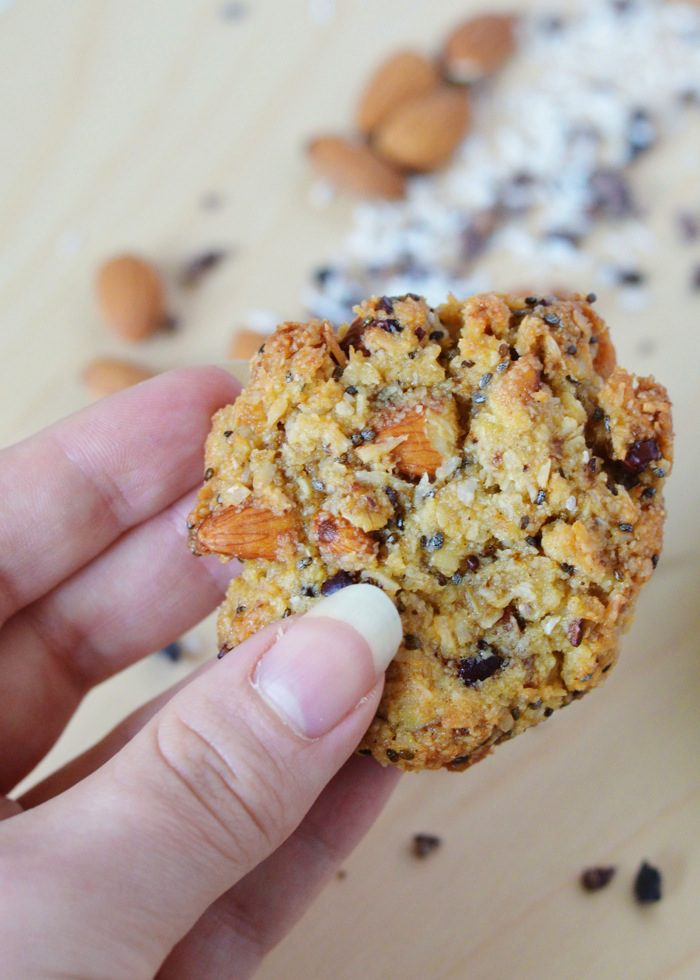Almond coconut cacao cookies 6