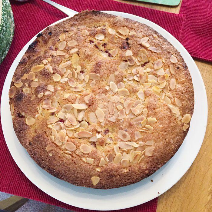 Almond and raspberry polenta cake