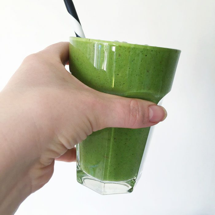 Apple and banana green smoothie
