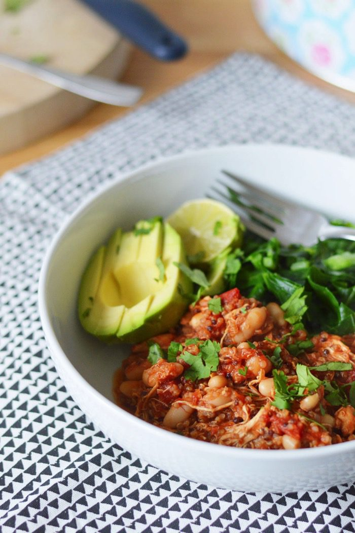 Super Easy Chicken, Quinoa and White Bean Slow Cooker Chilli Recipe