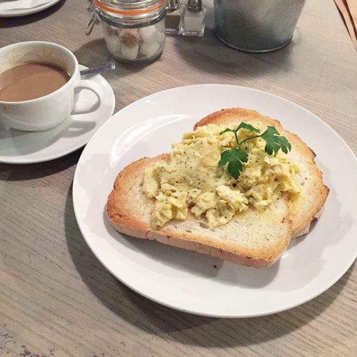 Bills scrambled eggs