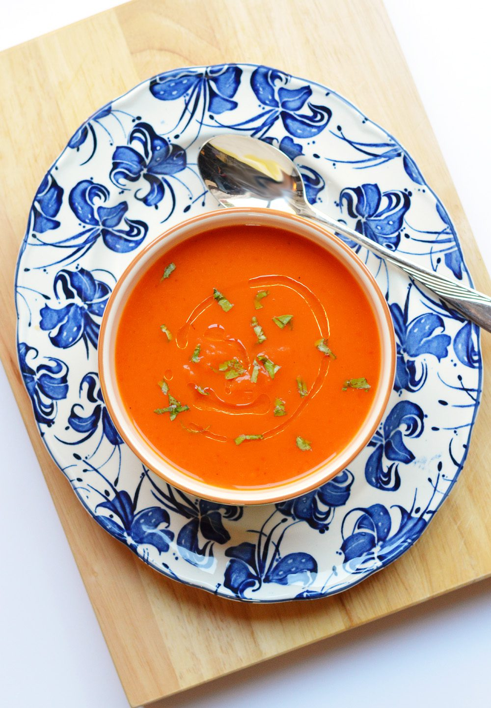 Butternut, roasted red pepper and chilli soup recipe