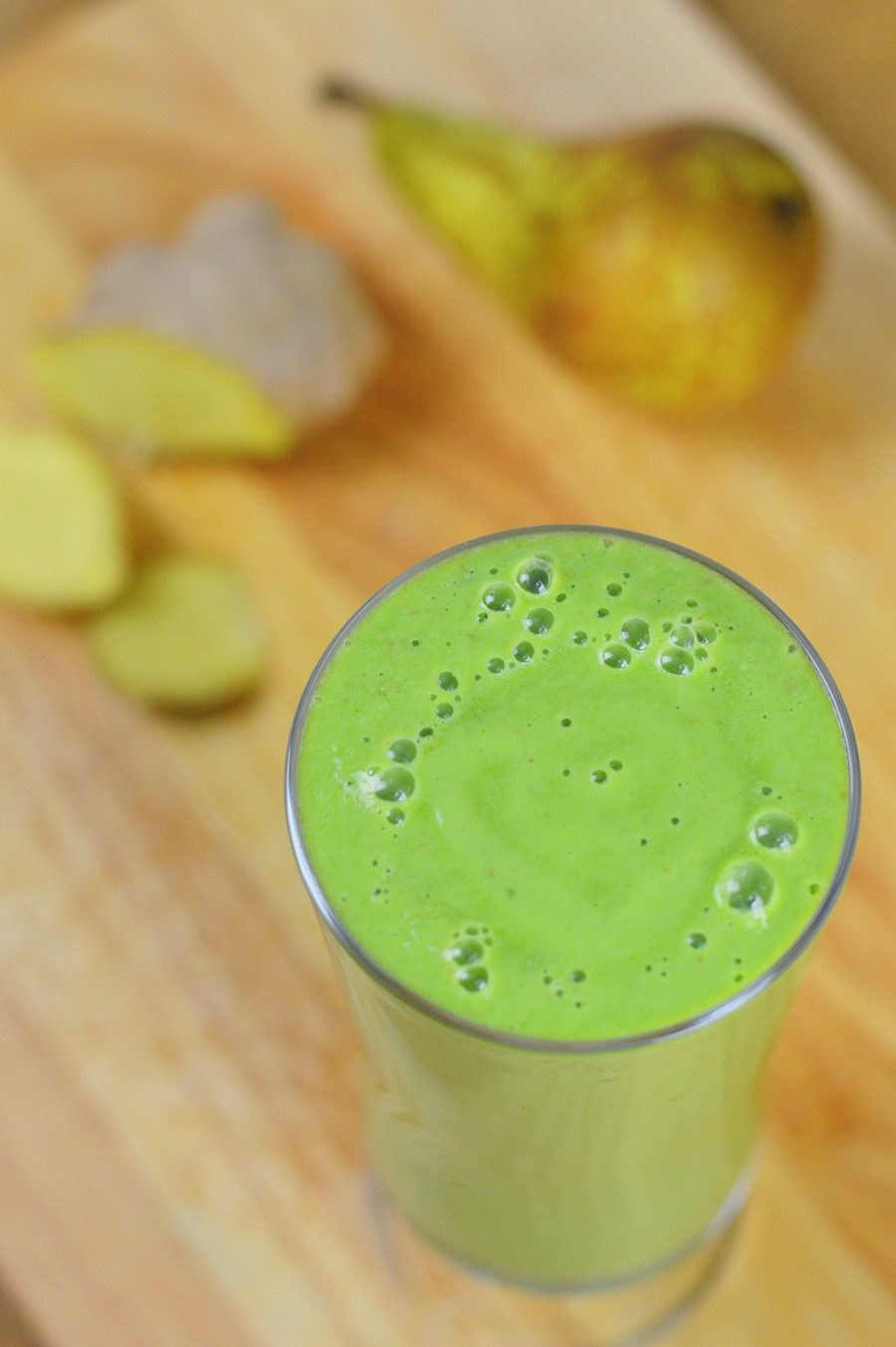 Winter pear and ginger green smoothie 2