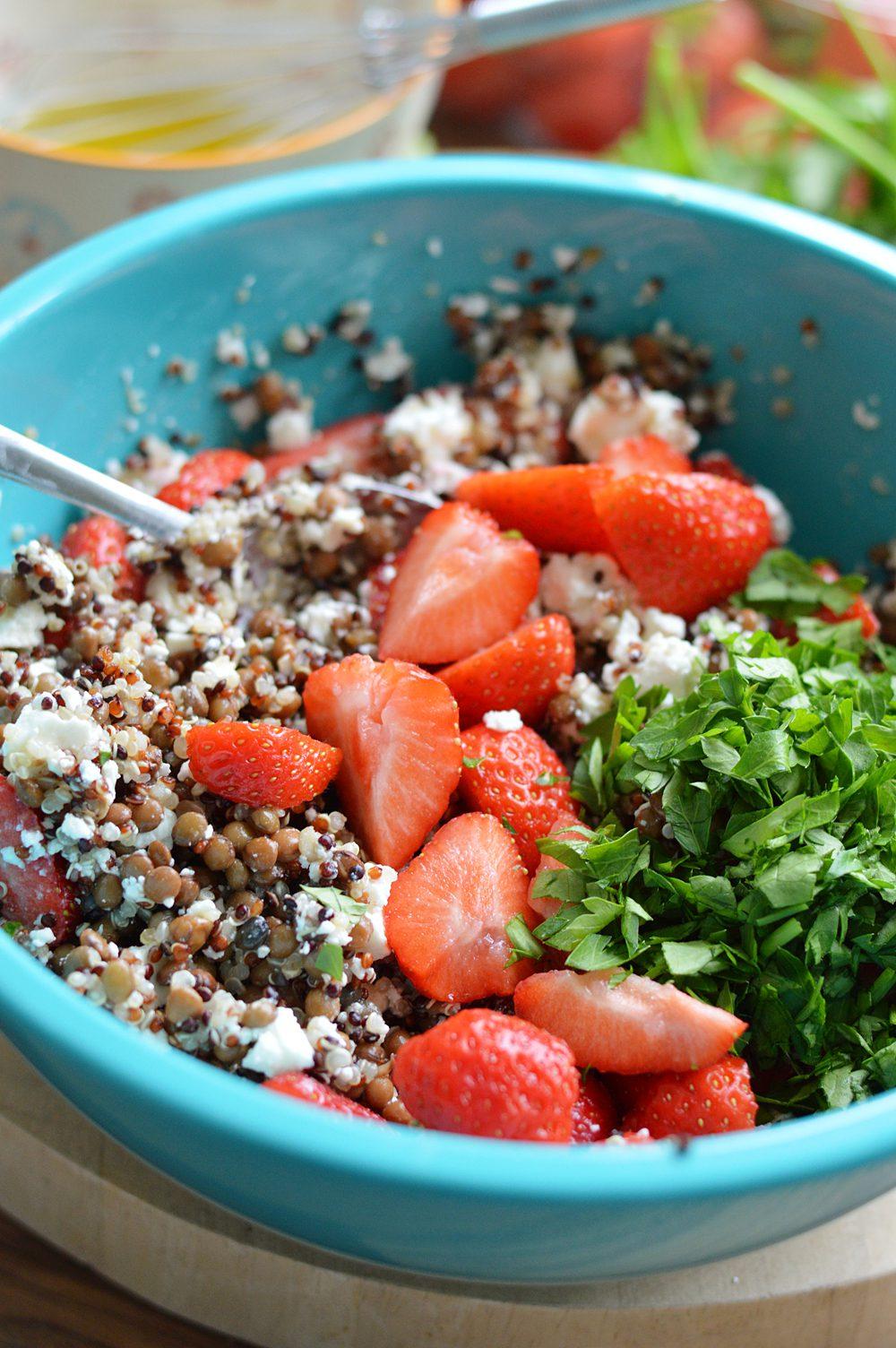 feta strawberry salad with lentils and quinoa