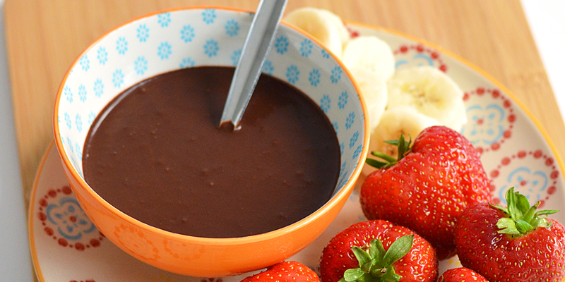 Healthy 3 Ingredient Chocolate Sauce
