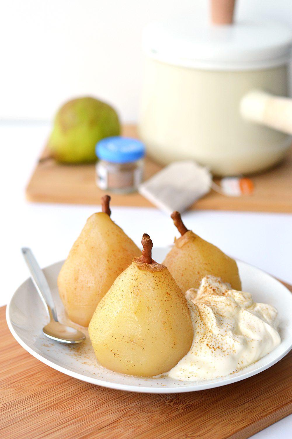 chai-poached-pears-with-creme-fraiche-1