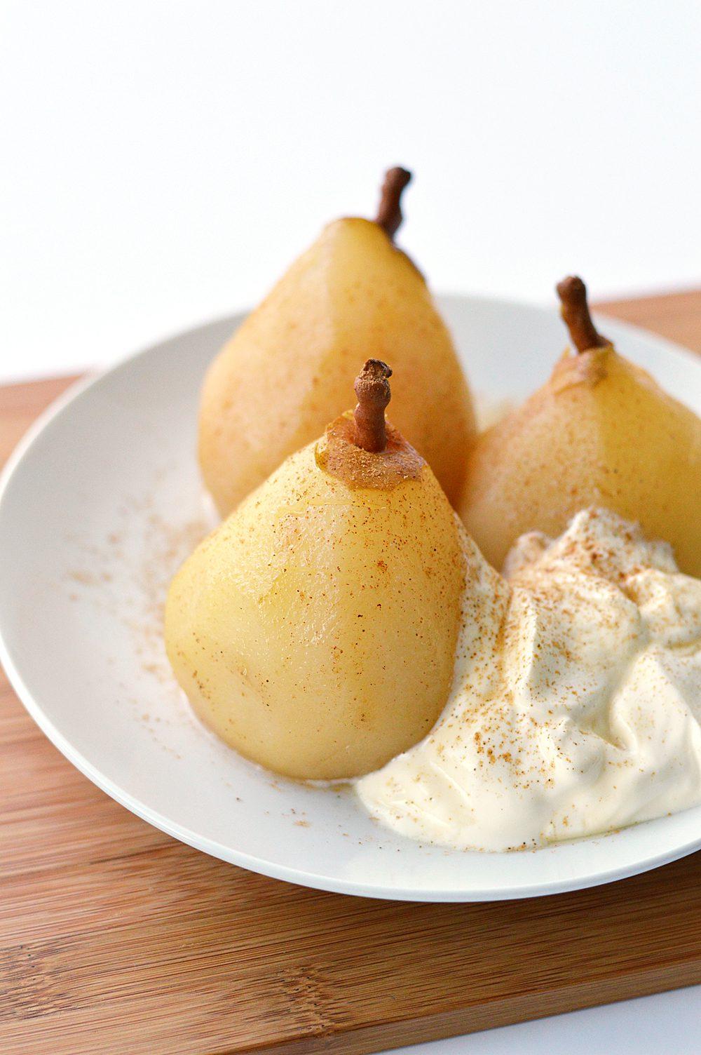 chai-poached-pears-with-creme-fraiche-2