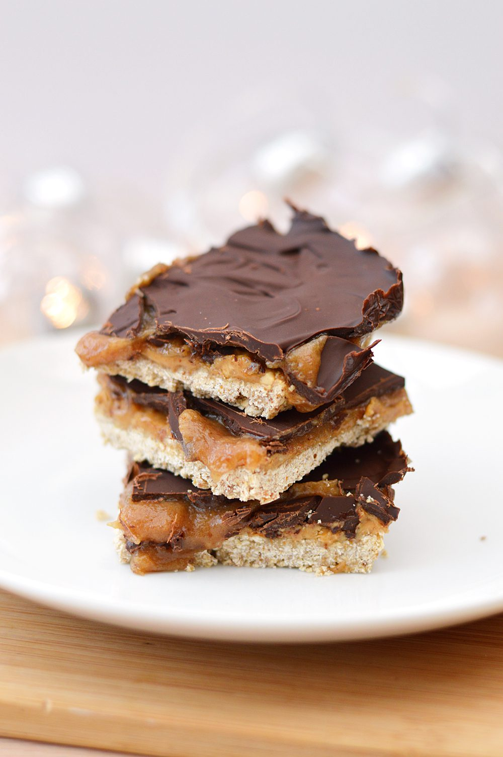 healthy salted caramel slice